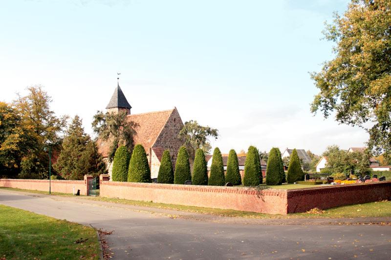 Kirche Milow